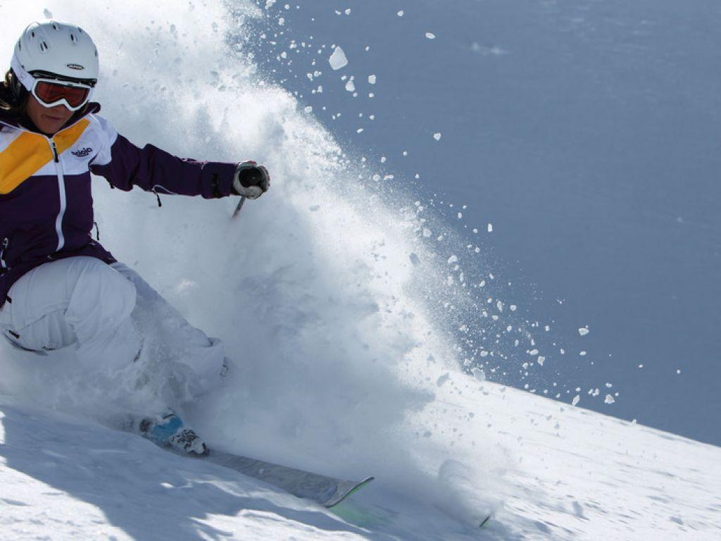 Urlaubsangebote Meraner Winterzauber für 2: Ski & Therme