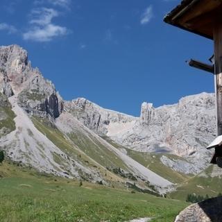 Sonnen-Sommer in den südlichen Dolomiten