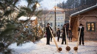 Dolomiti Super Premiere & Weihnachtsmärkte